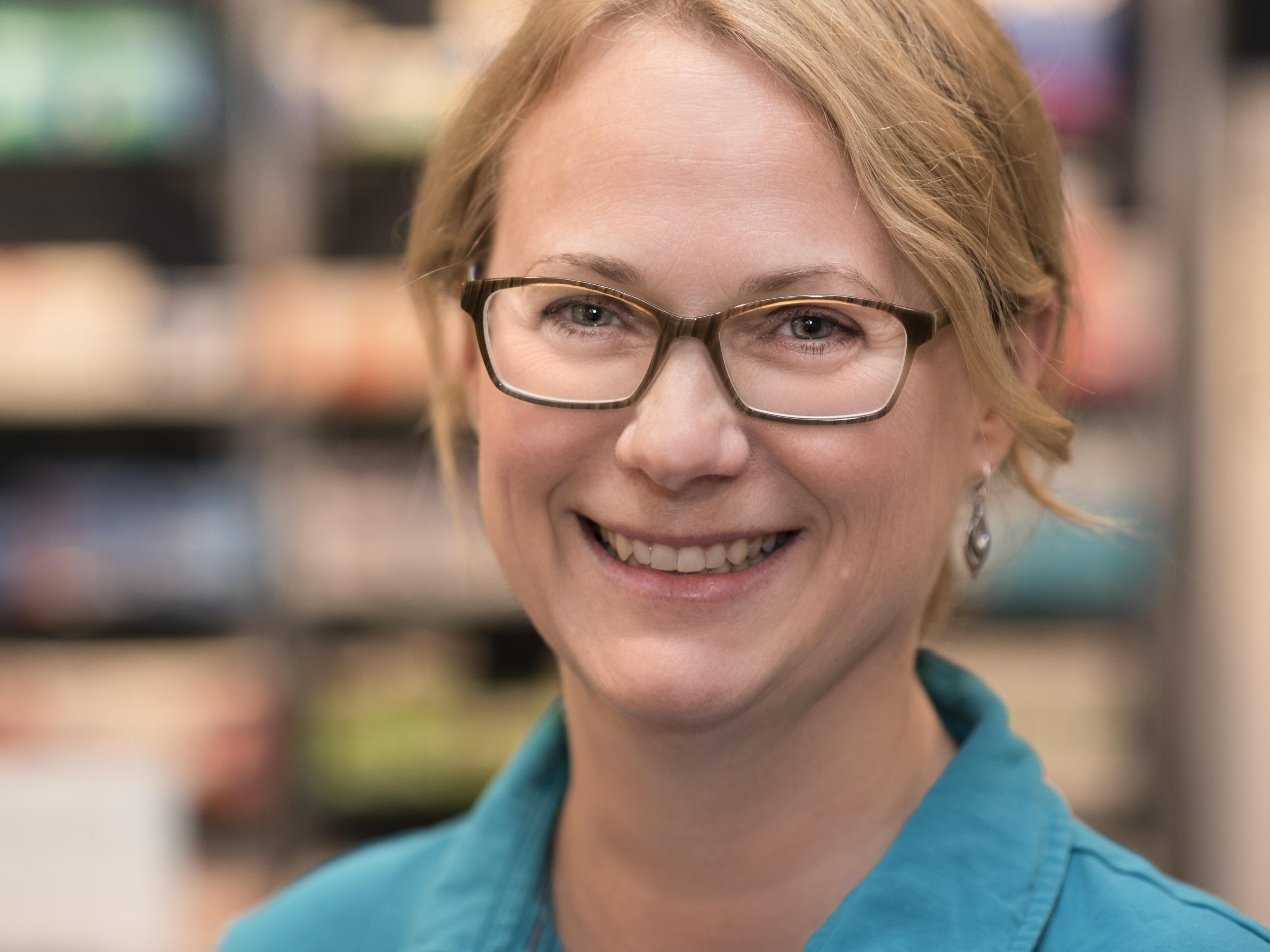 Dr. Gisela REinert